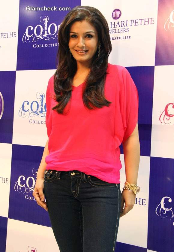 Raveena Tandon in black and pink at  Waman Hari Pethe Jewellers Colors Collection launch