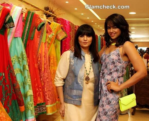 Sameera Reddy at Neeta Lulla 2013 Bridal Collection Preview