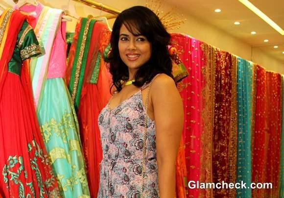Sameera Reddy at Neeta Lulla Bridal Collection Preview 2013