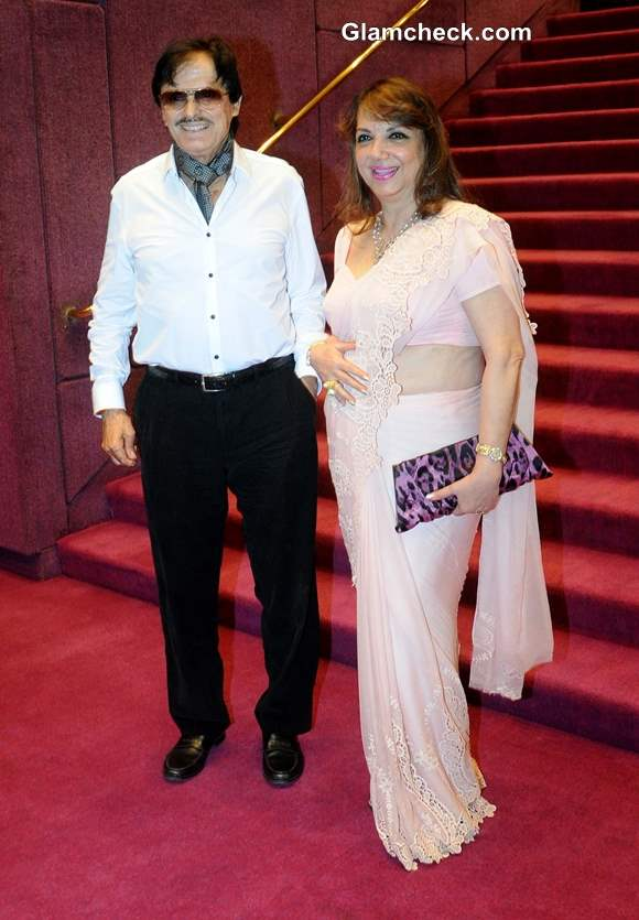 Sanjay Khan along with his wife Zarine Khan at Positive Health Awards 2013