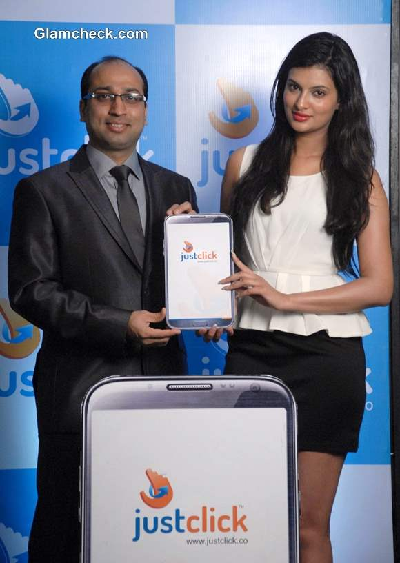 Sayali Bhagat Launches Mobile App Justclick in Pune