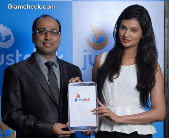 Sayali Bhagat Launches Mobile App Justclick
