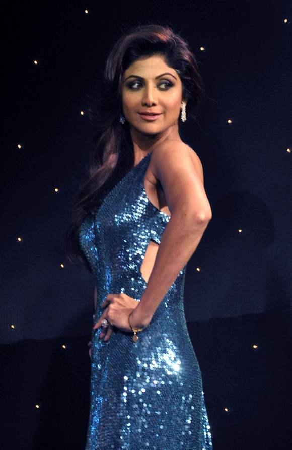 Season 6 Nach Baliye Shilpa Shetty in Shimmery Blue Gown