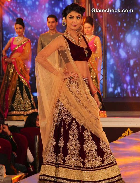 Shilpa Shetty 2013 IBBS Fashion Show Pictures