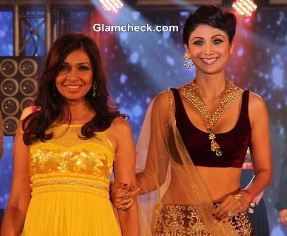Shilpa Shetty  IBBS Fashion Show  2013 pictures