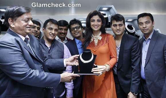 Shilpa Shetty Inaugurates 8th Ranka Jewellers Store in Pune