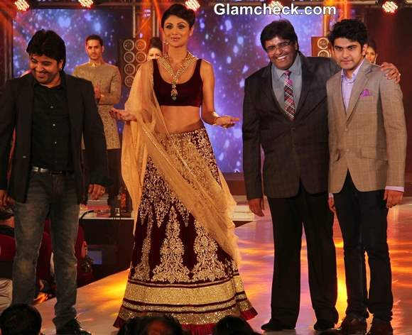 Shilpa Shetty pictures  IBBS Fashion Show  2013