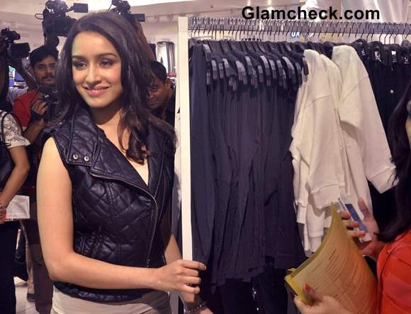 Shraddha Kapoor Pictures at Forever 21 Store Launch