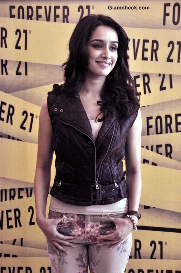 Shraddha Kapoor at Forever 21 Store Launch