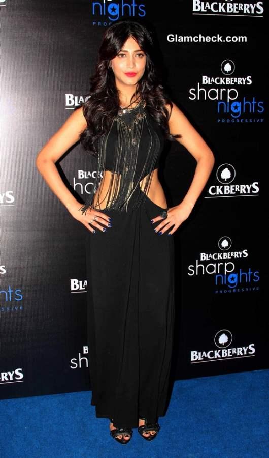 Shruthi Haasan 2013 at Blackberry Sharp Night