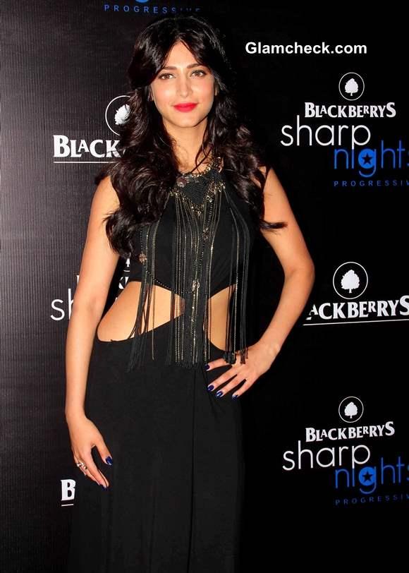 Shruthi Haasan Blackberry Sharp Night 2013