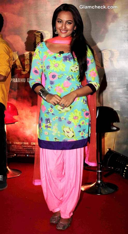 Sonakshi Sinha Movie R Rajkumar 2013