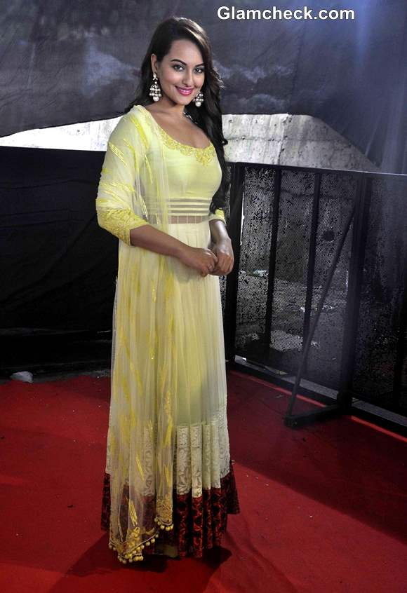 Sonakshi Sinha Sweet in Yellow Lehenga Choli at Star Plus Diwali Celebrations