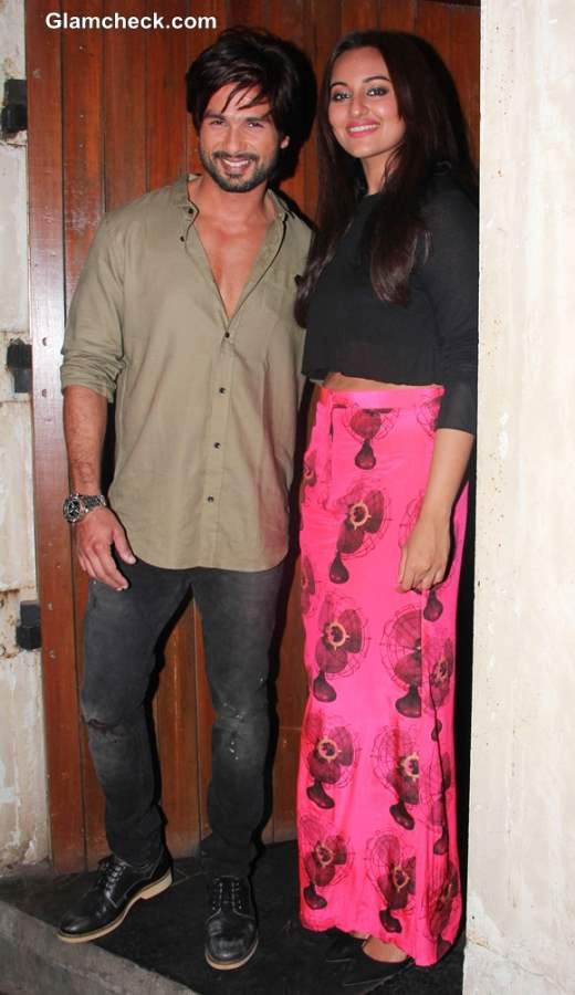 Sonakshi Sinha and Shahid Kapoor R... Rajkumar Movie 2013