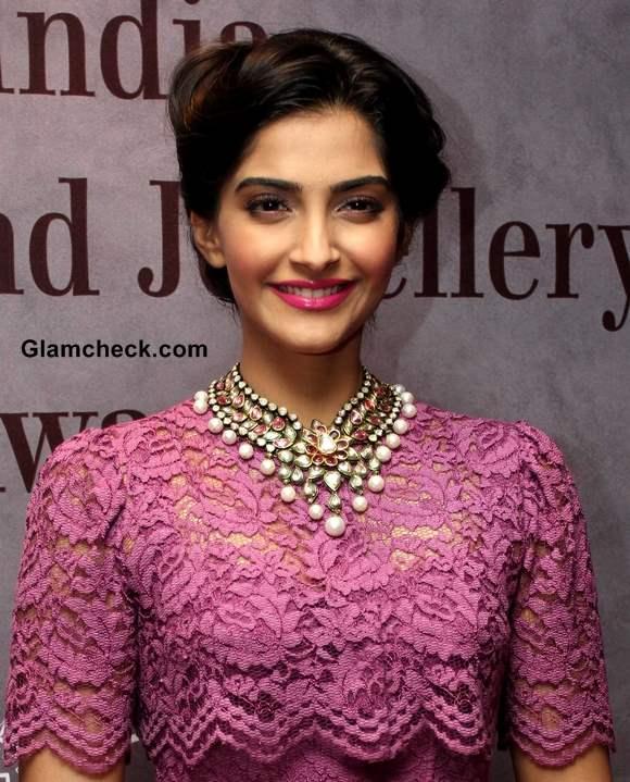 Sonam Kapoor 2013 pictures lace dress