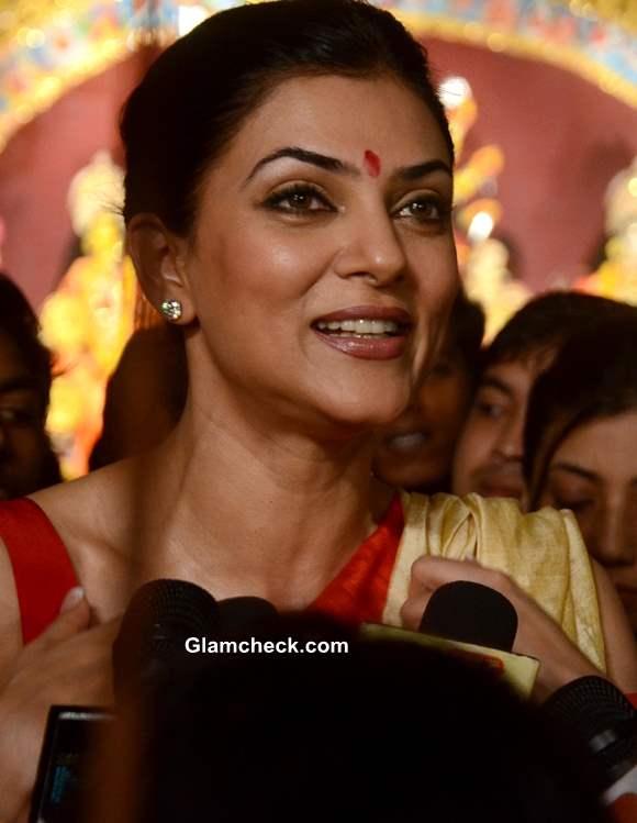 Sushmita Sen Bengali Beauty Look Durga Puja 2013
