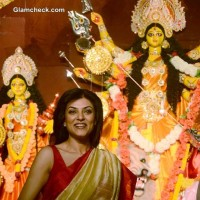 Sushmita Sen Bengali Beauty at Durga Puja 2013