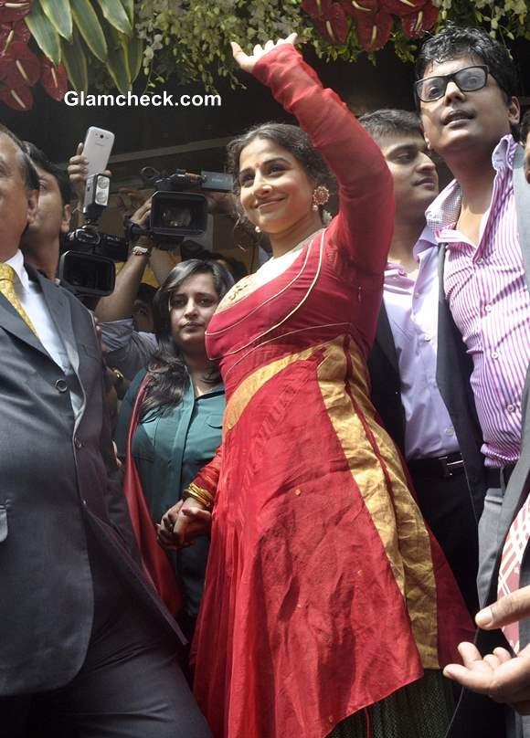 Vidya Balan Inaugurates Ranka Jewellers Store in Red Salwar Kameez