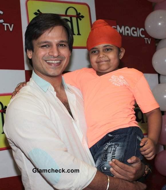 Vivek Oberoi Promotes Raavi With Young Rimmi Srivastava