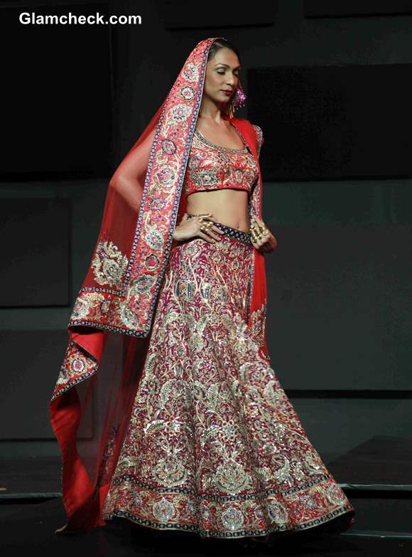 2013 Blenders Pride Fashion Tour Suneet Varma