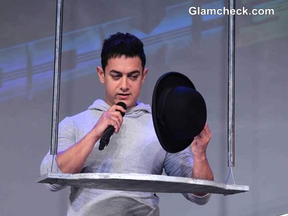 Aamir Khan Unveils Dhoom 3 Merchandise