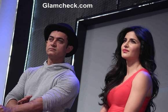 Aamir and Katrina Unveil Dhoom 3 Merchandise