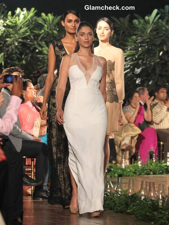 Aditi Rao Hydari Show-stopper for Spanish Fashion Show 2013