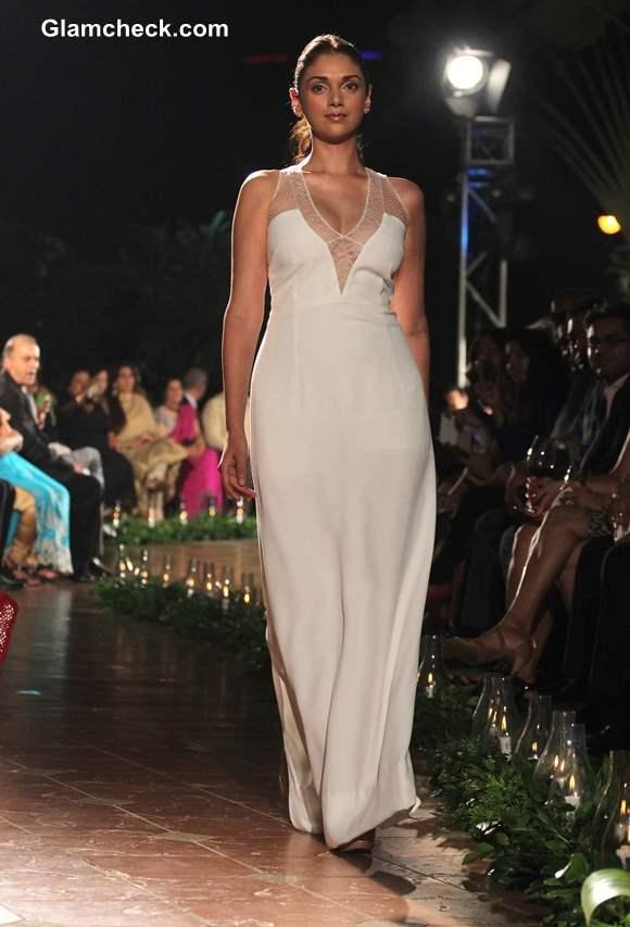 Aditi Rao Hydari in White Gown at Spanish Fashion Show 2013