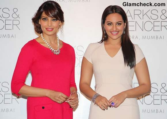 Bipasha or Sonakshi - Who Wears the Dress Better