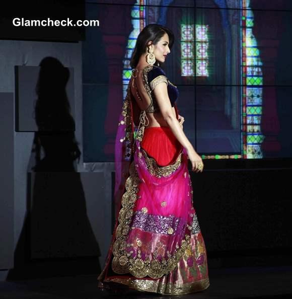 Blenders Pride Fashion Tour 2013 Malaika Arora Khan Pink Lehenga