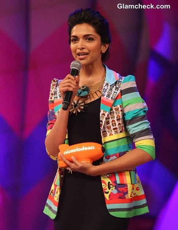 Deepika Padukone at Nickelodeon Kids Choice Awards 2013
