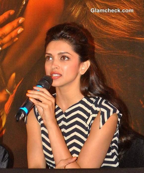 Deepika Padukone Inaugurates Cinepolis in Pune