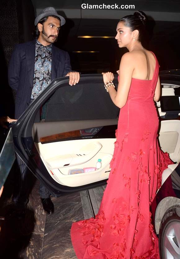 Deepika Padukone Ranveer Singh at 2013 Hello Magazine Awards