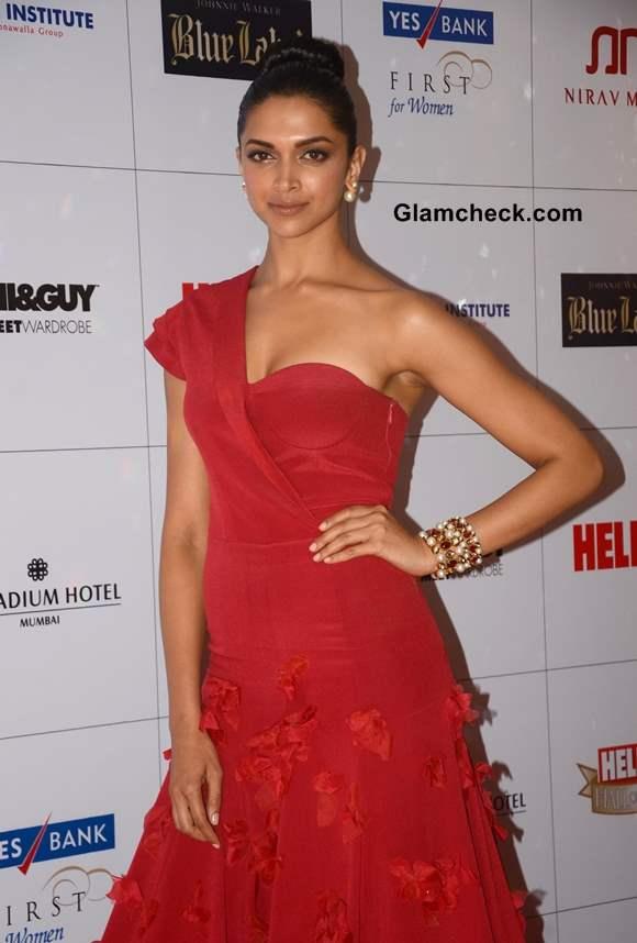 Deepika Padukone at Hello Magazine Awards 2013