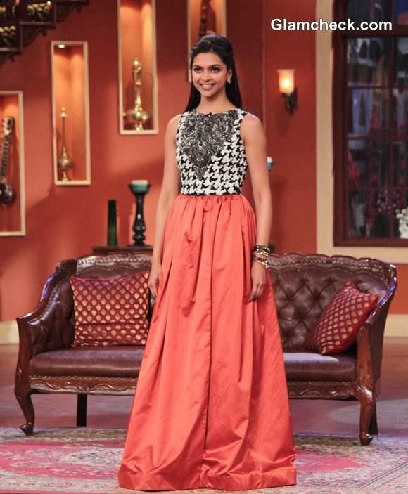 Deepika Padukone in Atsu Sekhose Outfit on Comedy Nights with Kapil