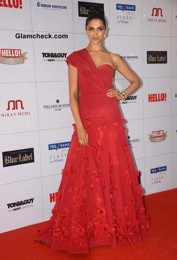 Deepika Padukone in Red Gown at Hello Magazine Awards 2013