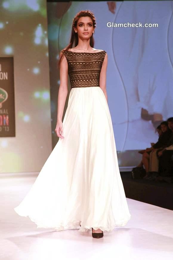 Diana Penty in Drashta Sarvaiya Outfit at SIFW  2013