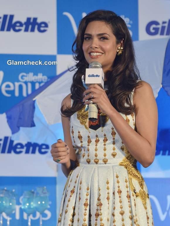 Esha Gupta 2013 at Gillette Venus Razor Launch