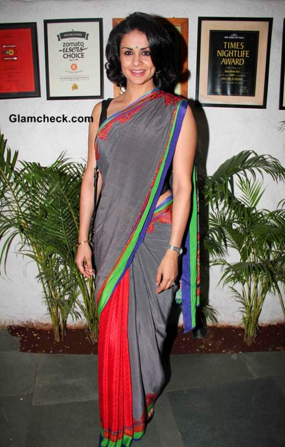Gul Panag Sports Grey Sari to Launch Soldier and Spice in Mumbai