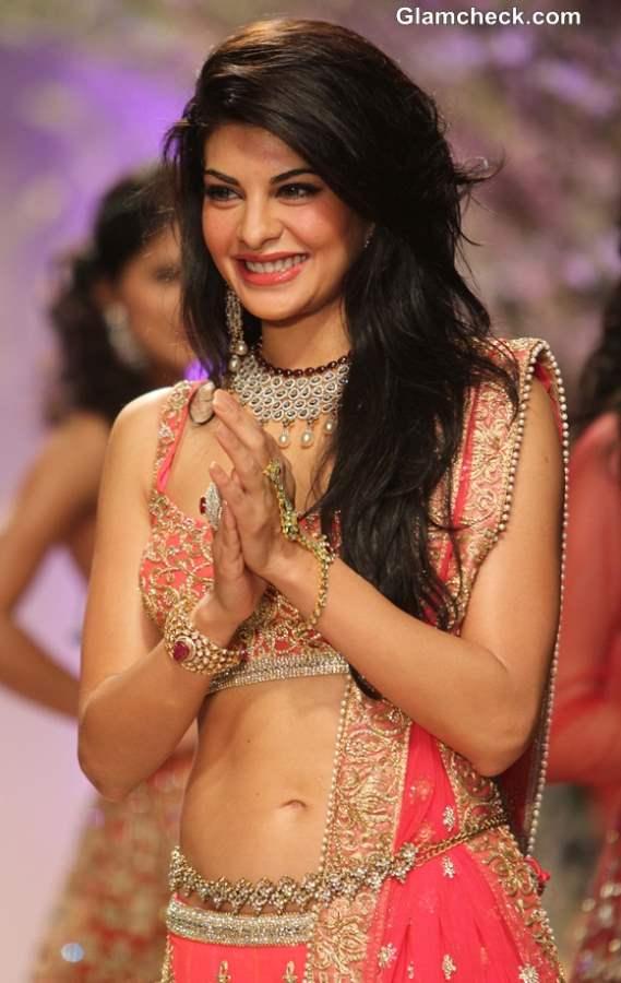 Jacqueline Fernandez 2013 India Bridal Fashion Week