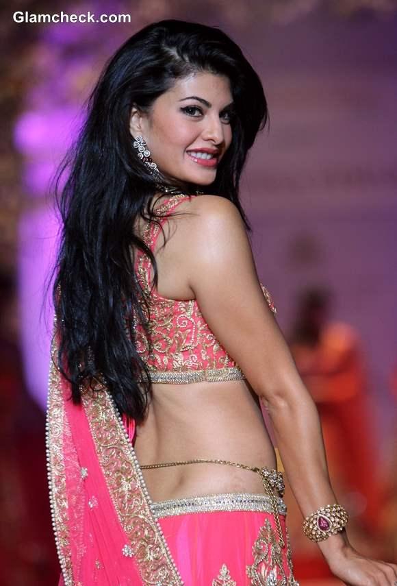 Jacqueline in Jyotsna Tiwari Pink Lehenga at India Bridal Fashion Week 2013
