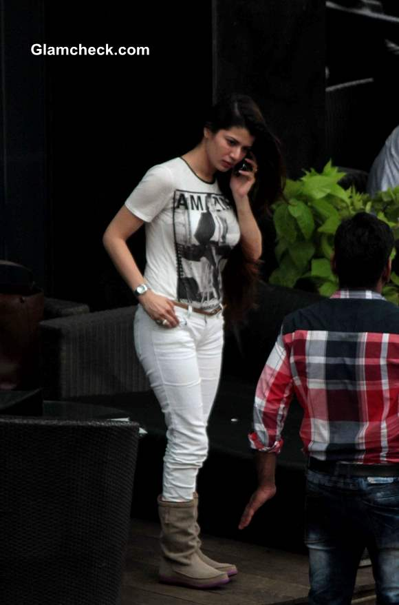 kainaat arora goes super casual on her day out
