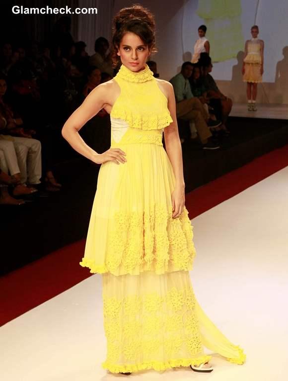 Kangana Ranaut Walks for Bora Aksu at Signature International Fashion Week 2013