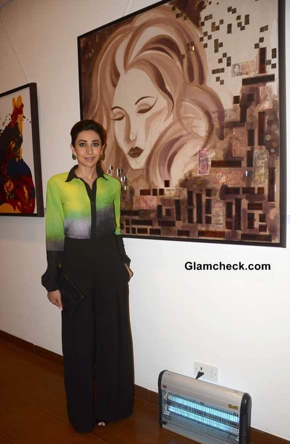 Karisma Kapoor in Green and Black at Bal Disha Art Exhibition in Mumbai