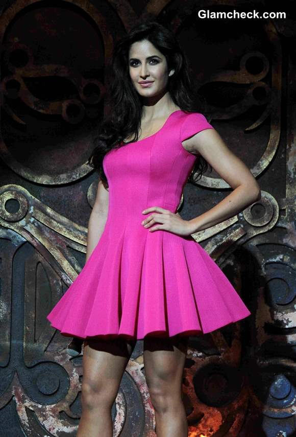Katrina Kaif in Pink Dress pictures 2013 at Dhoom 3 song launch