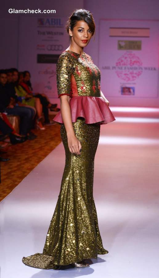 Mugdha Godse 2013 Pune Fashion Week