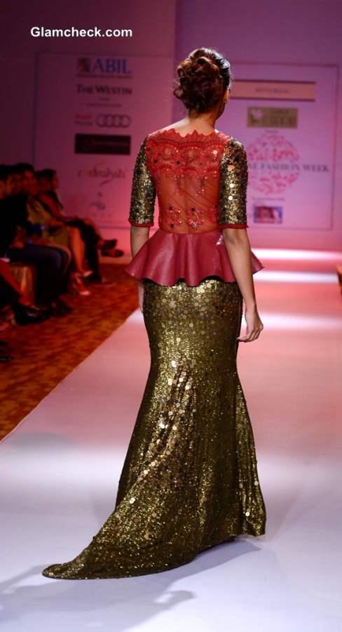 Mugdha Godse at 2013 Pune Fashion Week Pictures