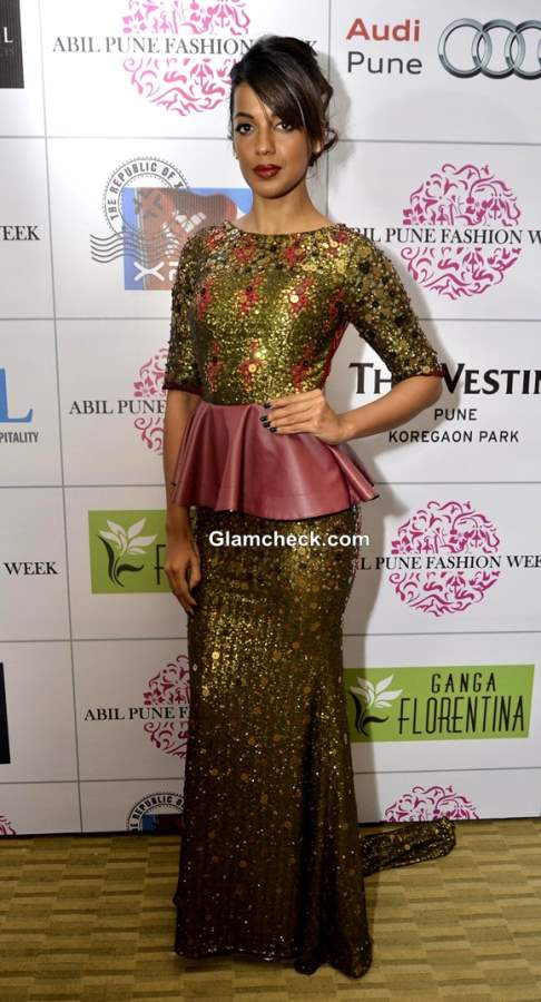 Mugdha Godse at Pune Fashion Week 2013