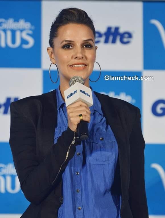 Neha Dhupia 2013 Launches Gillette Venus Razor