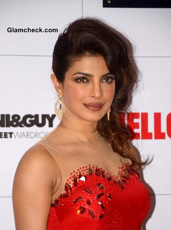 Priyanka Chopra 2013 Hello Magazine Awards